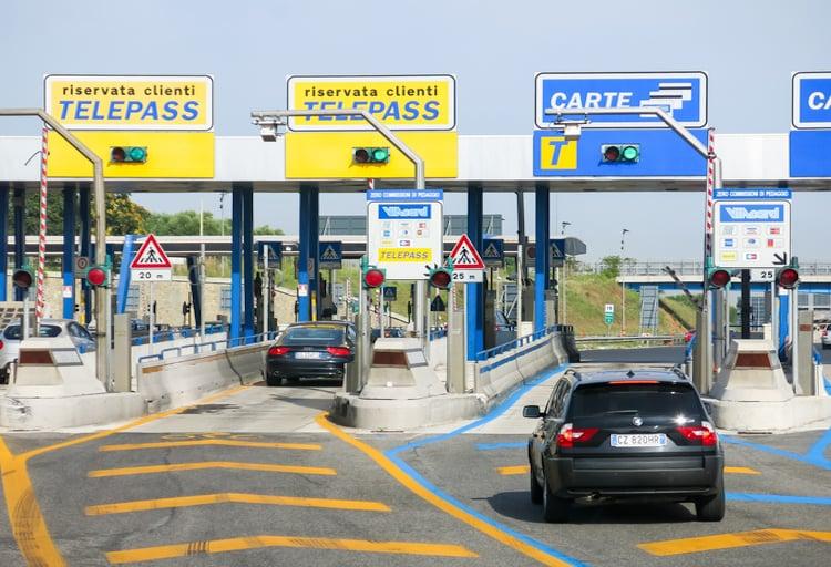 Autostrade, dal 1° gennaio le nuove tariffe: aumenti anche del 50 ...